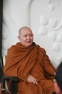 หลวงพ่อปราโมทย์ ปาโมชฺโช สำนักสงฆ์สวนสันติธรรม ศรี่ราชา ชลบุรี